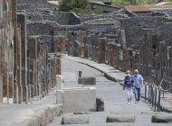 pareja de eeuu pasa 75 dias cuarentena para visitar pompeya