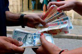 el gobierno da luz verde al pago en dolares en todas las tiendas en divisas de cuba