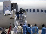 eeuu deporta a 30 haitianos; exlider paramilitar se queda
