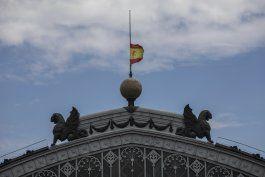 espana inicia 10 dias de luto por victimas del coronavirus