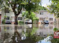 las lluvias de las ultimas 48 horas han convertido el sur de la florida en una suerte de venecia tropical