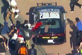 protestan en los angeles por muerte de hombre negro detenido