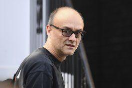 policia britanica: asesor de johnson no sera penalizado