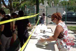 ciudad de miami continua entraga de comidas calientes completas a sus residentes