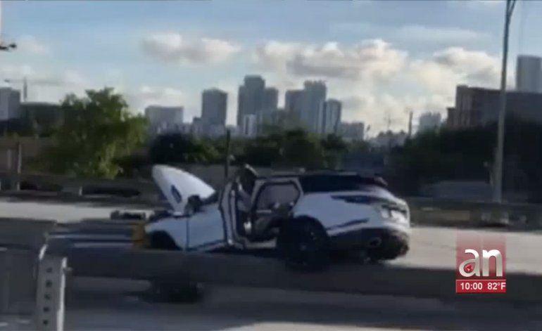 Buscan a sospechosos de balear mortalmente a hombre hispano en autopista de Miami