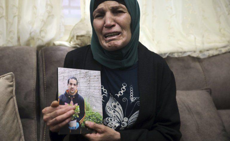 Ministro de Israel se disculpa por muerte de palestino