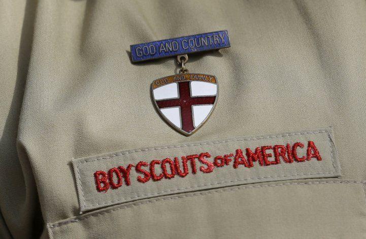 Víctimas de abuso sexual de Boy Scouts enfrentan disyuntiva