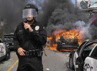 soldados patrullan calles de l.a. tras noche de protestas