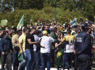 protestas en brasil a favor y en contra de bolsonaro