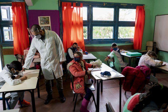 Uruguay es el primer país de A. Latina que vuelve a clases