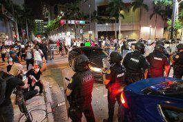 miami amanece fuertemente custodiada por la policia tras violentas protestas durante el fin de semana