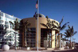 reabren las oficinas de inmigracion de miami