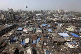 barrio de slumdog millonaire azotado por el coronavirus