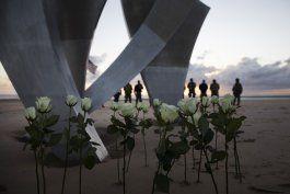 pandemia desluce la celebracion del 76 aniversario del dia d