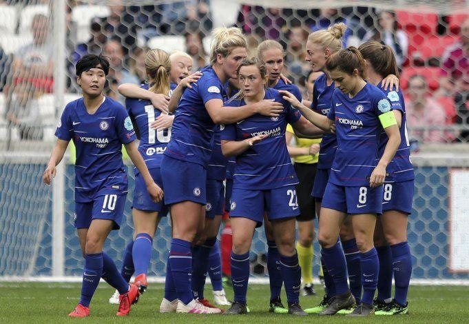 Liga inglesa de fútbol femenino busca resurgimiento