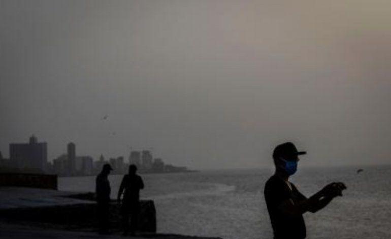 El polvo del Sahara impacta a pobladores de Guantánamo y Santiago de Cuba