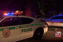 hombre fue herido mortalmente con un machete en el suroeste de miami