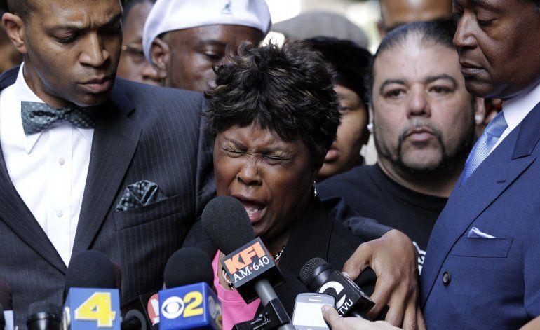 Las muertes de afroestadounidenses generan trauma racial
