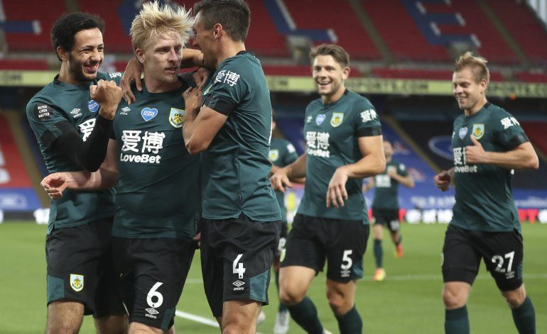 Burnley vence 1-0 a Crystal Palace, se acerca a zona europea