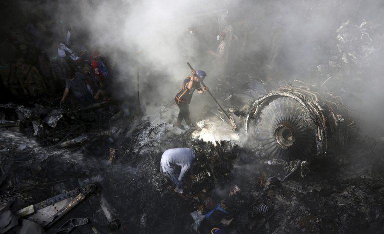 UE veda vuelos de aerolínea paquistaní por seis meses