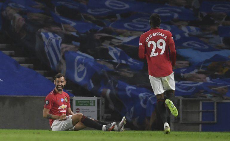 Con doblete de Fernandes, Man United golea a Brighton
