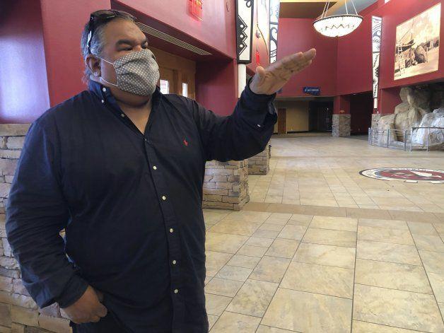 Tribu en N.México transforma viejo casino en estudio de cine
