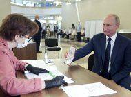 moscu: 78% de los votantes apoya ampliar el mandato de putin