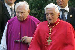 preven funeral de hermano de papa retirado para 8 de julio
