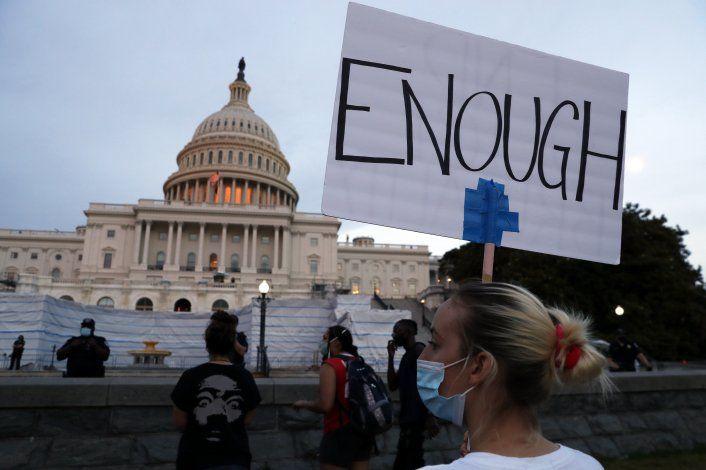 Encuesta revela cambio de opinión en EEUU hacia el racismo