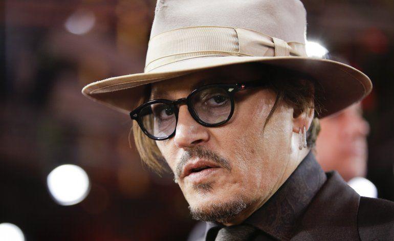 Juez rechaza pedido de tabloide para anular demanda de Depp