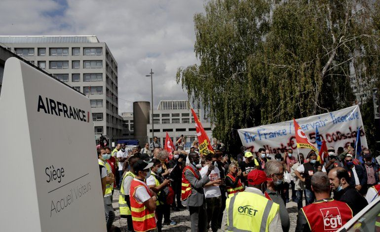 Por crisis aérea, Air France despedirá a 7.500 trabajadores