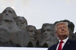trump aviva division racial en discurso en monte rushmore