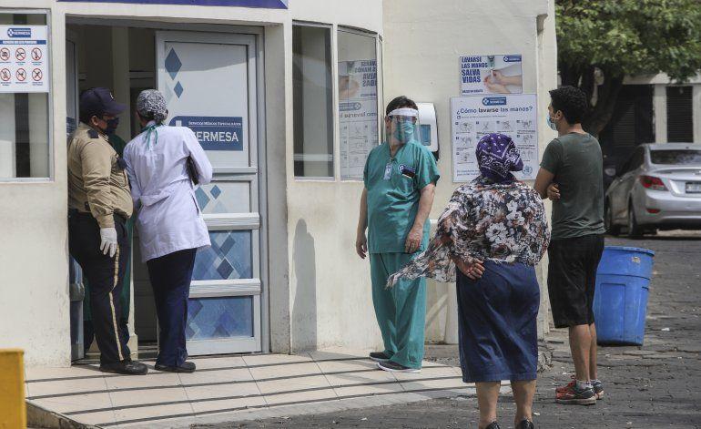 Nicaragua: médicos enfrentan el virus bajo amenazas y terror