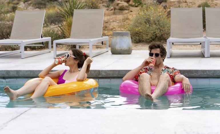 """Palm Springs"" llega a modo para la cuarentena"
