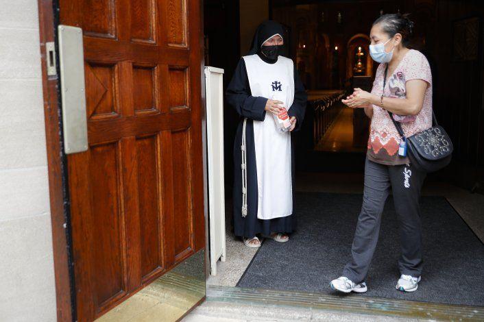 Coronavirus: Duro golpe a hispanos de dos iglesias de NY