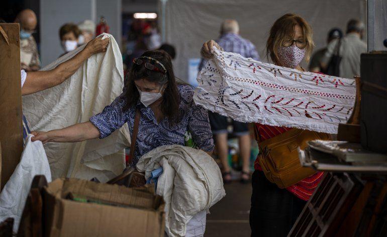 Por COVID, mascarillas son obligatorias en noreste de España