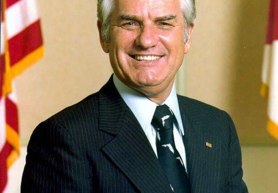 Fallece Wayne Mixson; gobernó Florida durante tres días