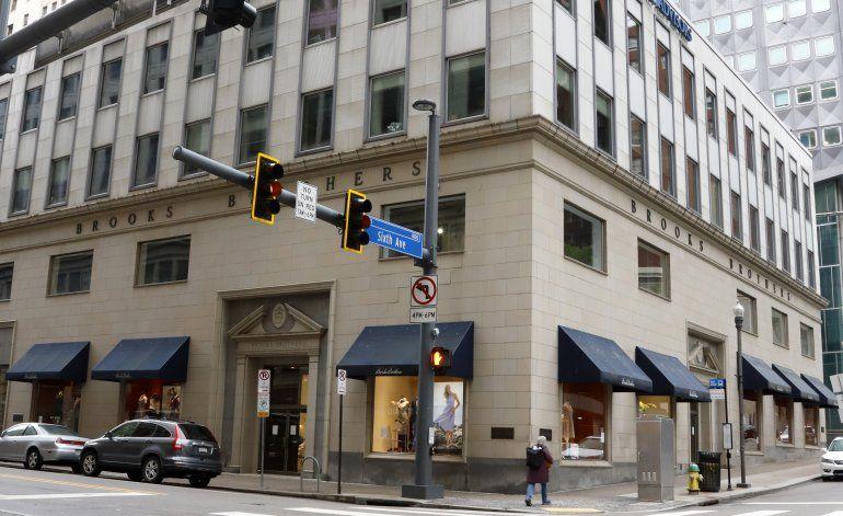 Brooks Brothers se declara en bancarrota