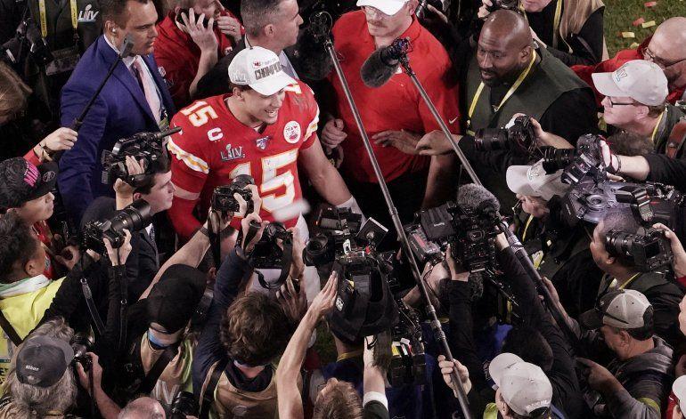 La prensa deportiva en EEUU se encuentra con menos acceso
