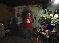 mexico detiene a dos investigadores del caso ayotzinapa