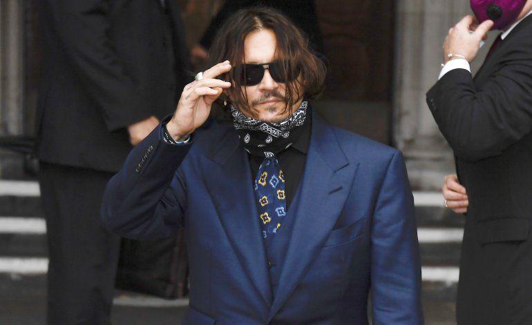 """Depp niega violencia durante matrimonio en picada"""""""