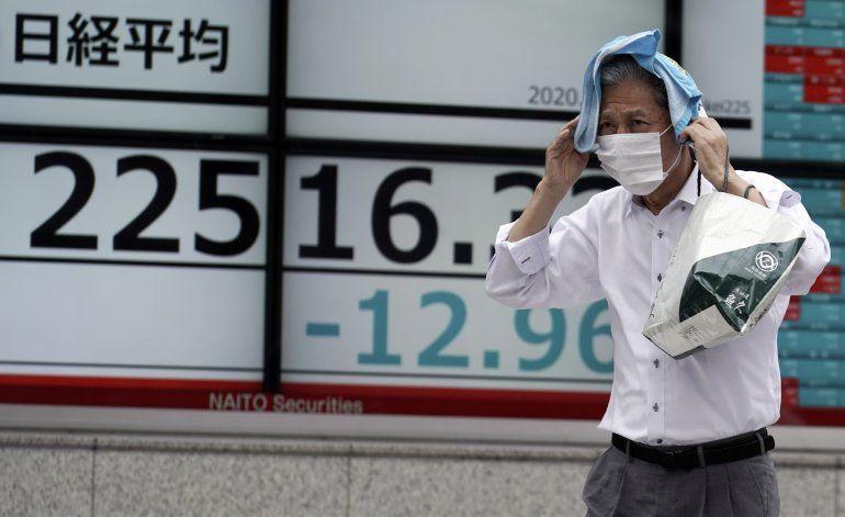 Wall Street se recupera después de semana errática
