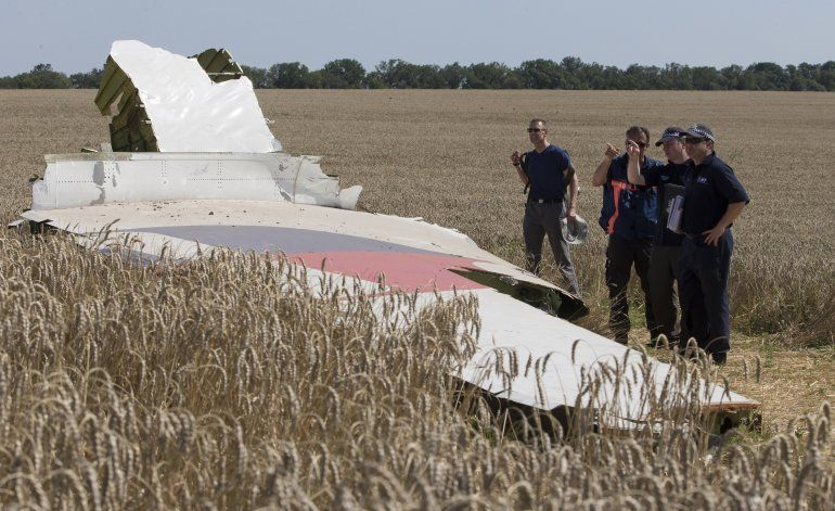Holanda demanda a Rusia por caída de avión en Ucrania