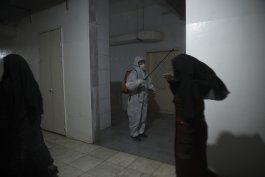 covid se multiplica en el enclave rebelde en siria