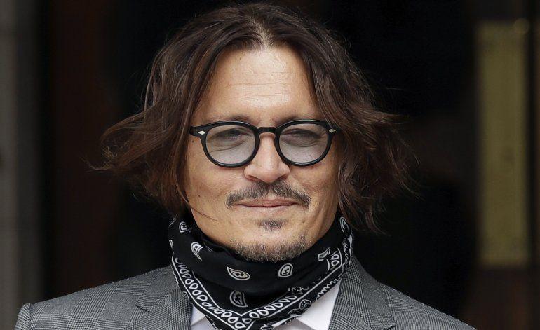 En la corte, Depp dice que Heard le propinó un golpazo