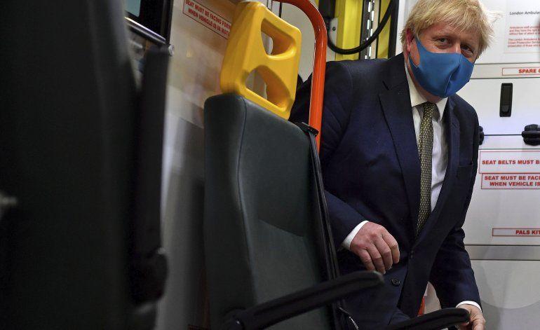 Países europeos debaten uso obligatorio de mascarillas