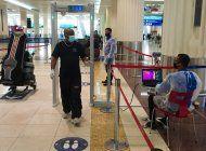 trabajadores extranjeros de emiratos varados en el exterior