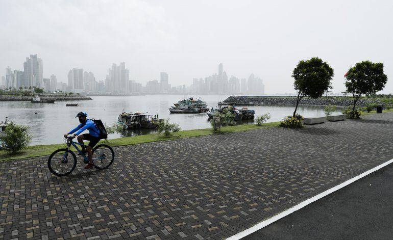 Ante alza de contagios, Panamá ordena cuarentena parcial