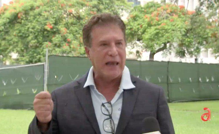 Niegan entrada al alcalde de Hialeah a reunión del gobernador Ron DeSantis con alcaldes de Miami-Dade