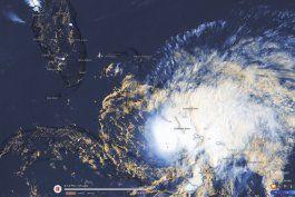 en vivo: bajo alerta de huracan partes de florida por posible impacto de isaias